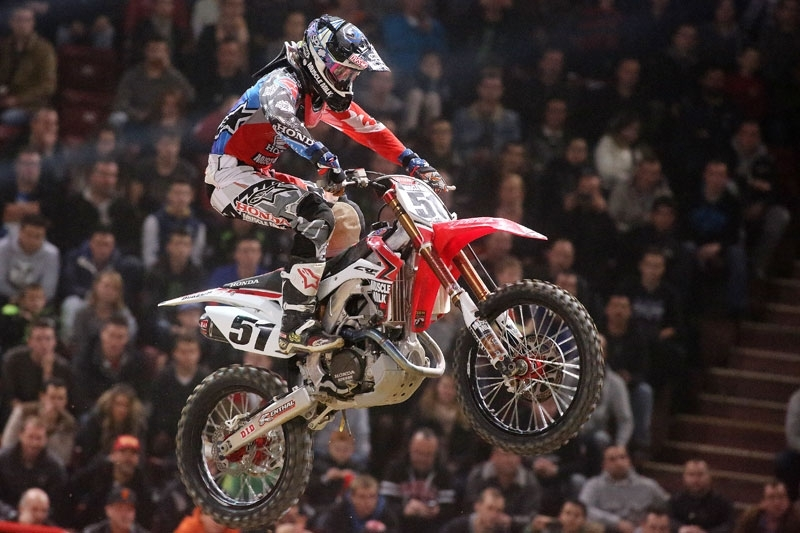 "SX Bercy 2013 : Justin ""BamBam"" Barcia King of Bercy"
