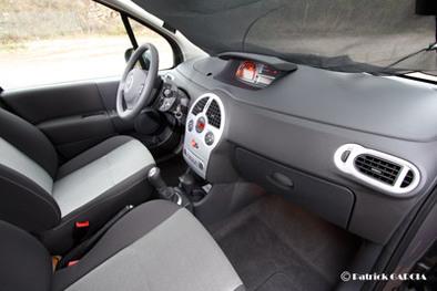 Test intestin assassin !  Renault Grand Modus contre Clio Estate 1/3