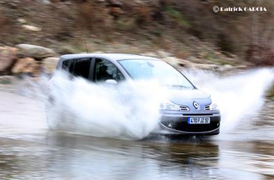 Test intestin assassin ! Renault Grand Modus contre Clio Estate 3/3