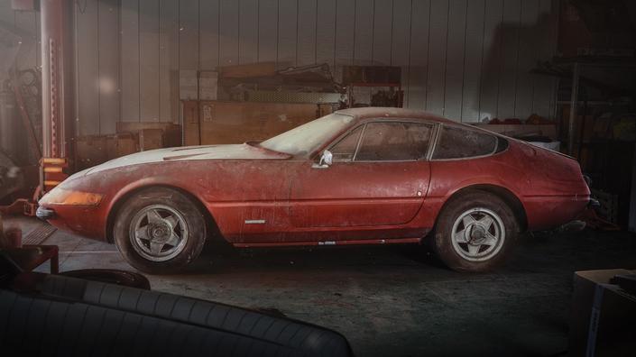 """""""Sortie de grange"""" - Une Ferrari 365 GTB/4 Daytona unique aux enchères"""