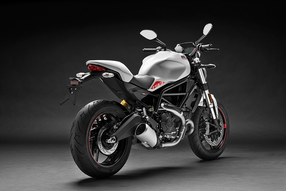 ducati nouveaut 2019 monster un plus pour ne pas manquer de stealth. Black Bedroom Furniture Sets. Home Design Ideas