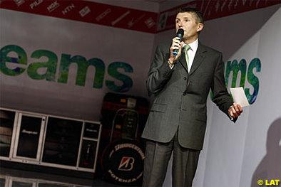 Formule 1 - Super Aguri: Mosley doute, Honda surveille