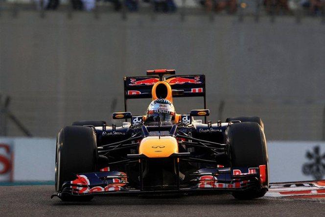 F1 GP d'Abu Dhabi : Kimi Räikkönen 1ère victoire de l'acte 2