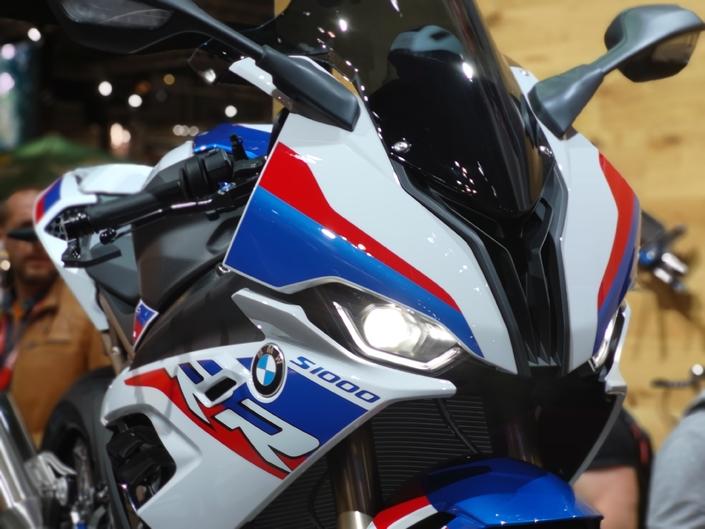 BMW S1000 RR - EICMA 2018 : toujours plus.