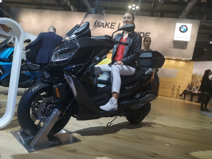 BMW C400 GT - EICMA 2018 : en route
