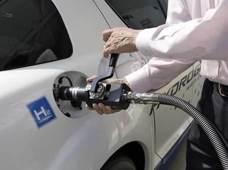 Salon de Tokyo : le nouveau Premacy Hydrogen RE Hybrid ? Des progrès prometteurs !