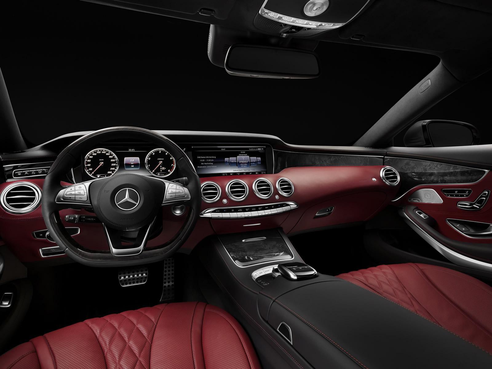 Nouvelle mercedes classe s coup officielle for Mercedes classe e interieur