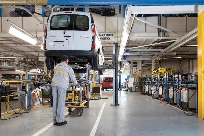 Renault va augmenter sa production d'utilitaires en France