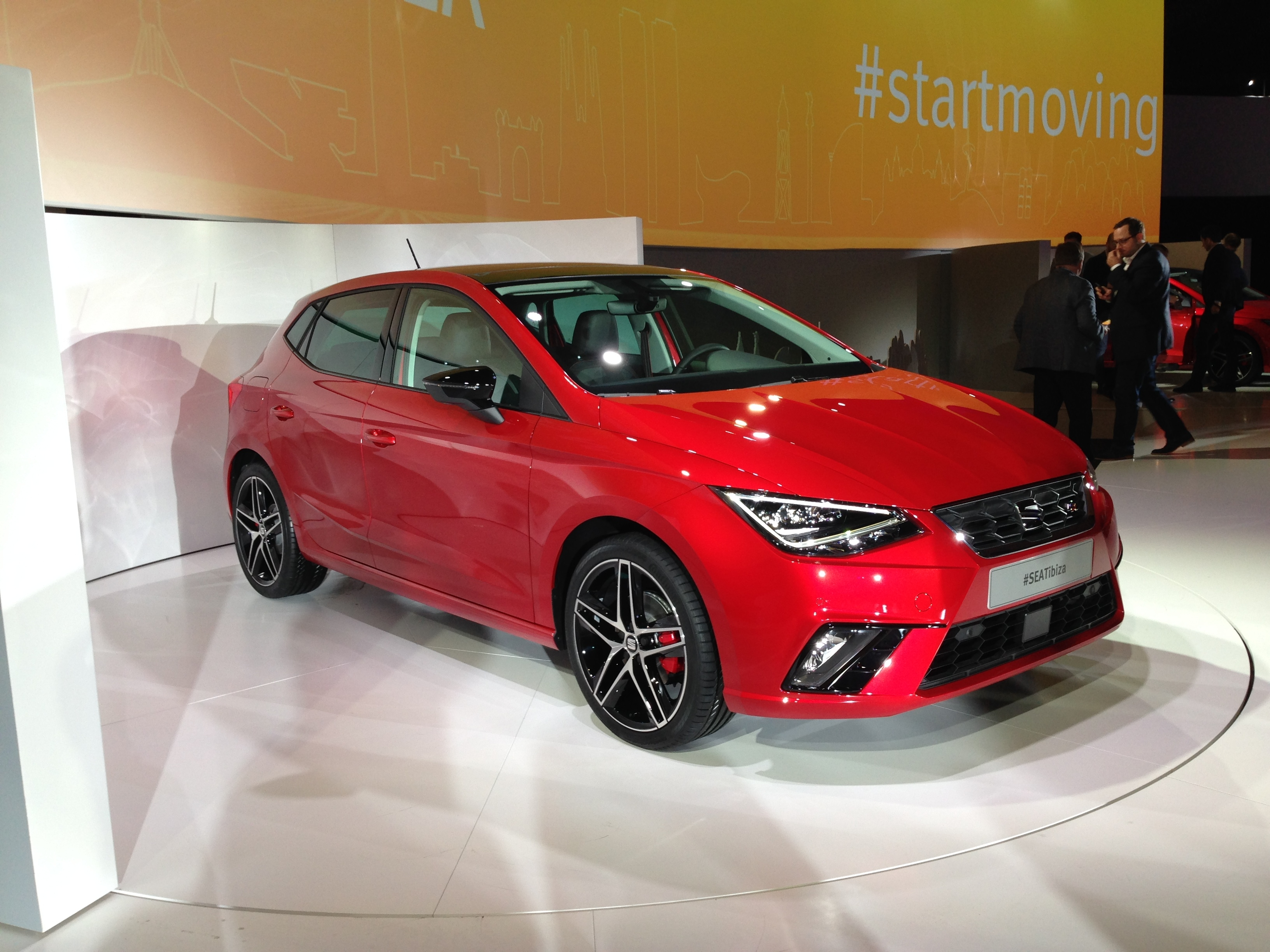 vid o nouvelle seat ibiza 2017 les premi res images en direct de la pr sentation. Black Bedroom Furniture Sets. Home Design Ideas