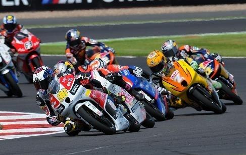 Moto 3 – Grande Bretagne : Louis Rossi à Silverstone,  pour un virage de trop !