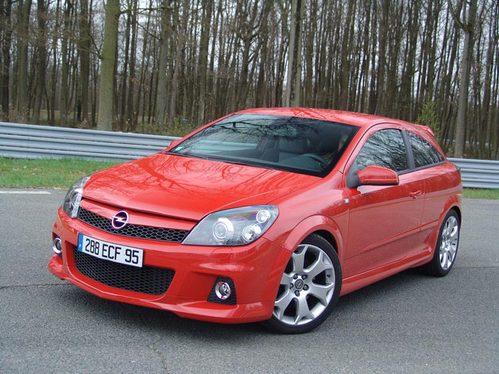 Essai - Opel Astra OPC : foudroyant!