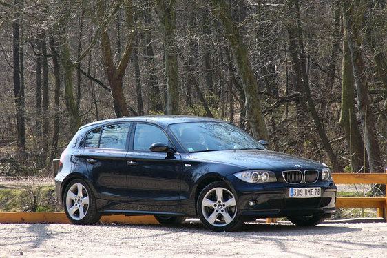essai bmw 130i gros c ur. Black Bedroom Furniture Sets. Home Design Ideas