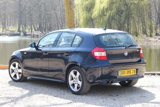 bmw 130i retenir les prix. Black Bedroom Furniture Sets. Home Design Ideas
