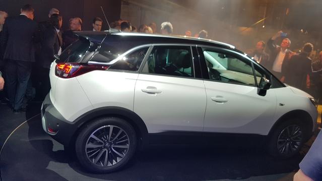 Opel Crossland X : les premières images