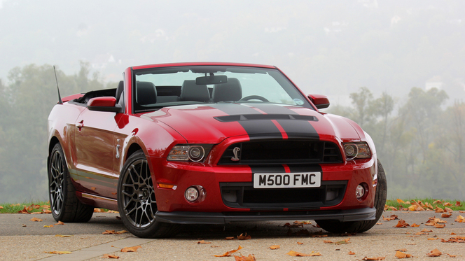 essai vid o shelby gt500 animal venimeux. Black Bedroom Furniture Sets. Home Design Ideas