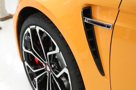 Les extracteurs d'air inspiré de la Clio RS ont pour but d'aider au débourrage moteur.