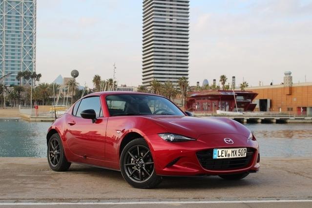 La Mazda MX 5 RF arrive en concession : elle a la tête dure