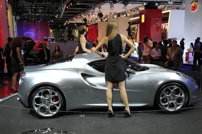 En direct du salon de Francfort 2011 - L'Alfa Romeo 4C, en gris elle est jolie