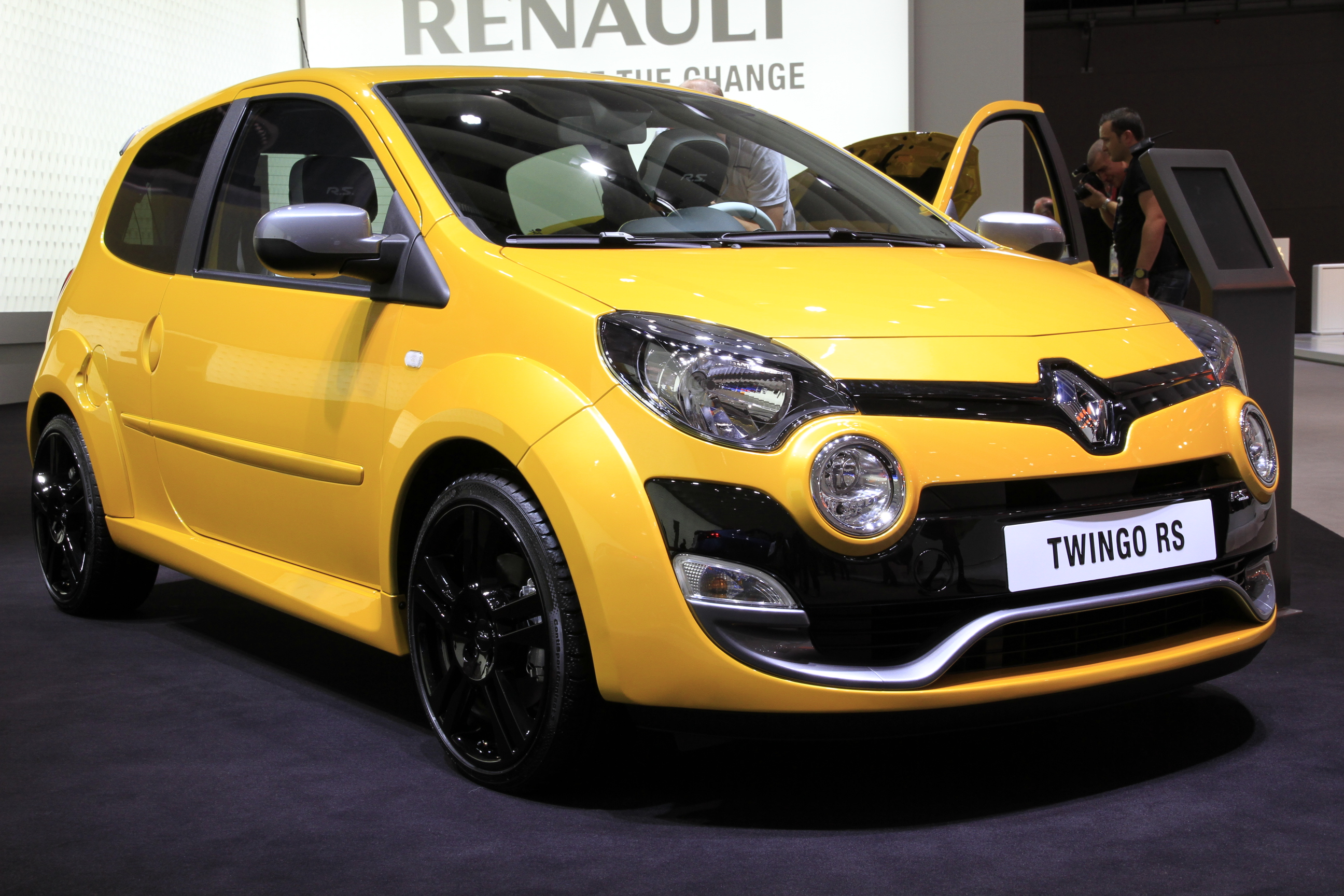 vid o en direct de francfort nouvelle renault twingo. Black Bedroom Furniture Sets. Home Design Ideas