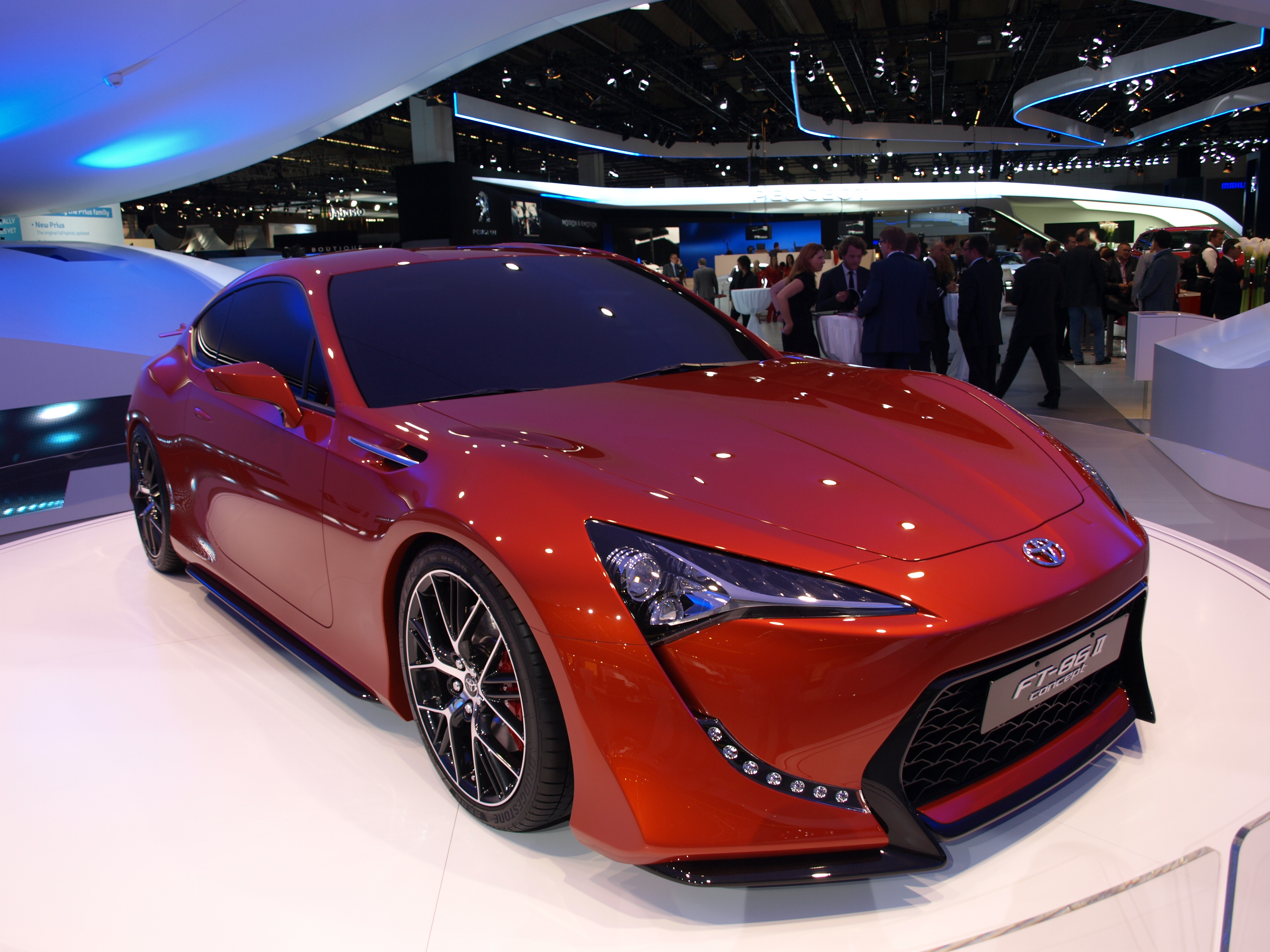 http://images.caradisiac.com/images/2/4/7/0/72470/S0-Francfort-2011-Toyota-FT-86-II-concept-237752.jpg