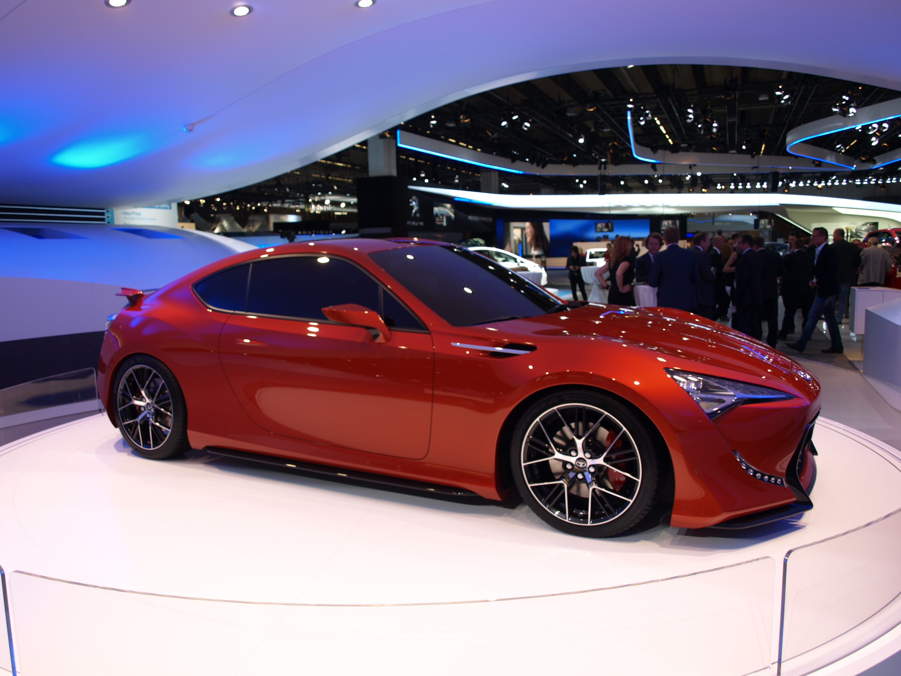 http://images.caradisiac.com/images/2/4/7/0/72470/S0-Francfort-2011-Toyota-FT-86-II-concept-237753.jpg