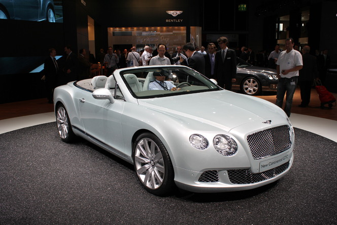 En direct de Francfort 2011 - video : Bentley Continental GTC