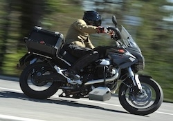 Essai - Moto Guzzi Stelvio 1200 NTX: voyage en Italie.