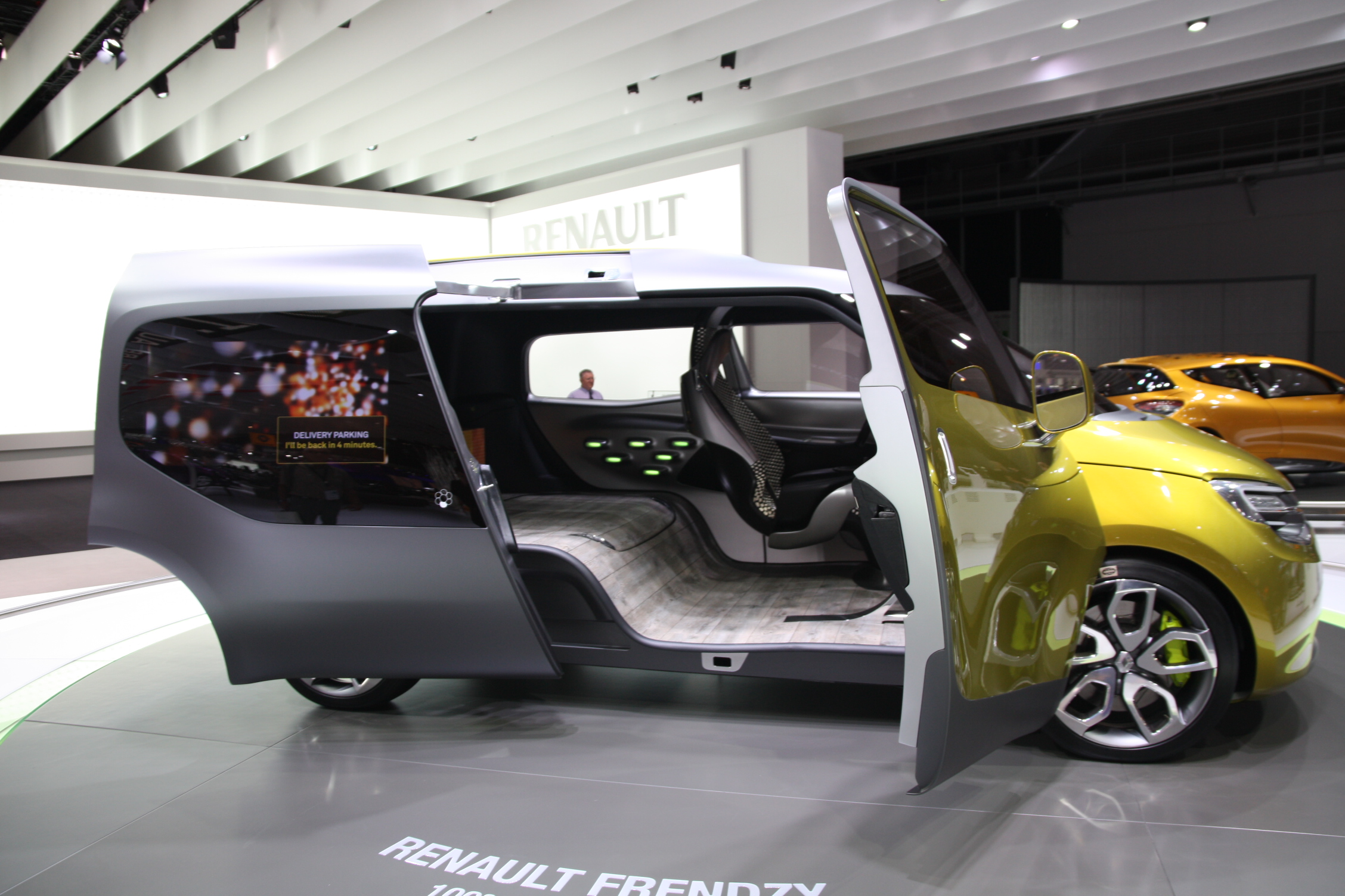salon de francfort 2011 renault frendzy concept dark cars wallpapers. Black Bedroom Furniture Sets. Home Design Ideas
