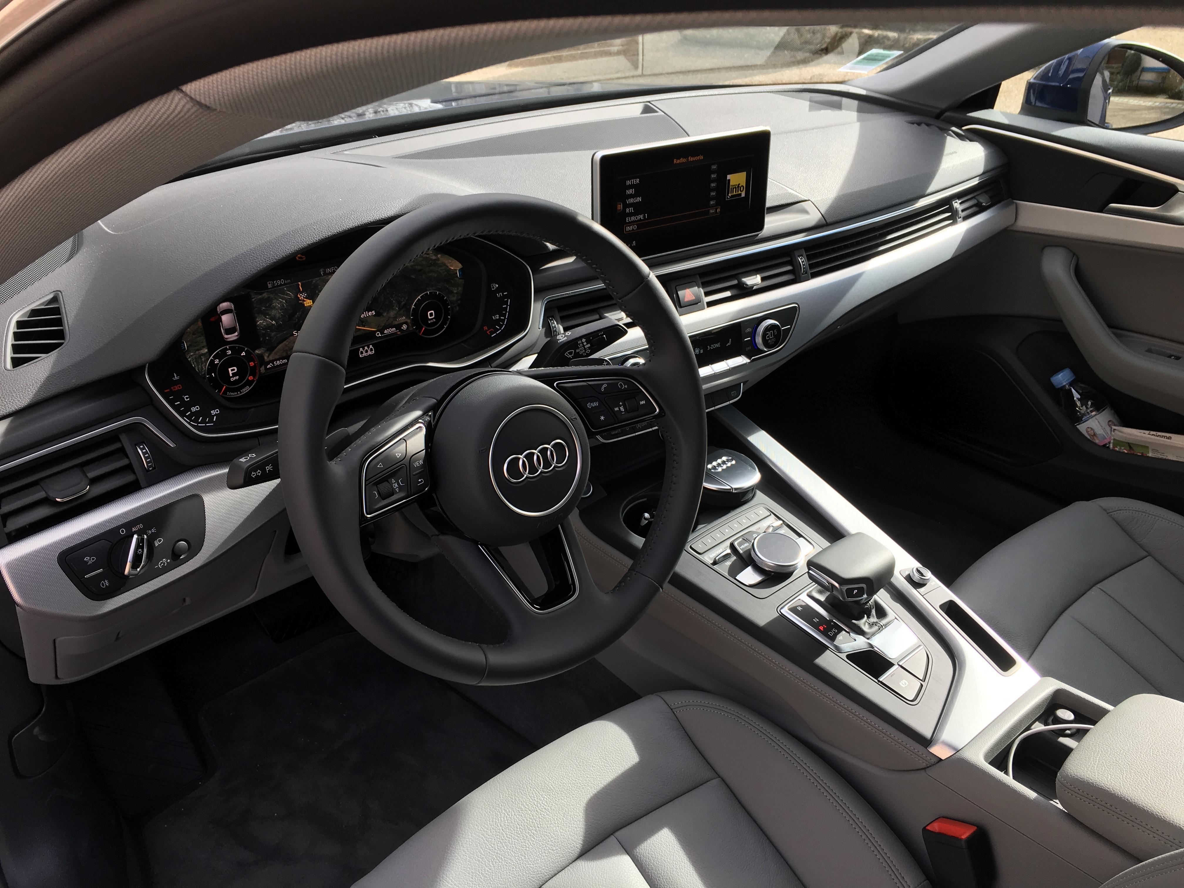 Audi a5 sportback 2017 les premi res images de l 39 essai for Replay interieur sport gignac