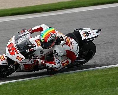 Moto GP - Etats-Unis: De Angelis veut tout autant rester qu'Elias