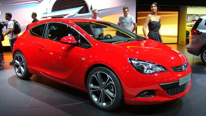 Vidéo en direct du salon de Francfort : Opel Astra GTC, il va y avoir du sport
