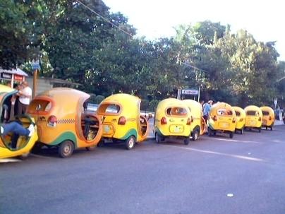 """Photo du jour et réponse à Question pour un motard n°14 : les """"Coco Taxi"""" de la Havane"""