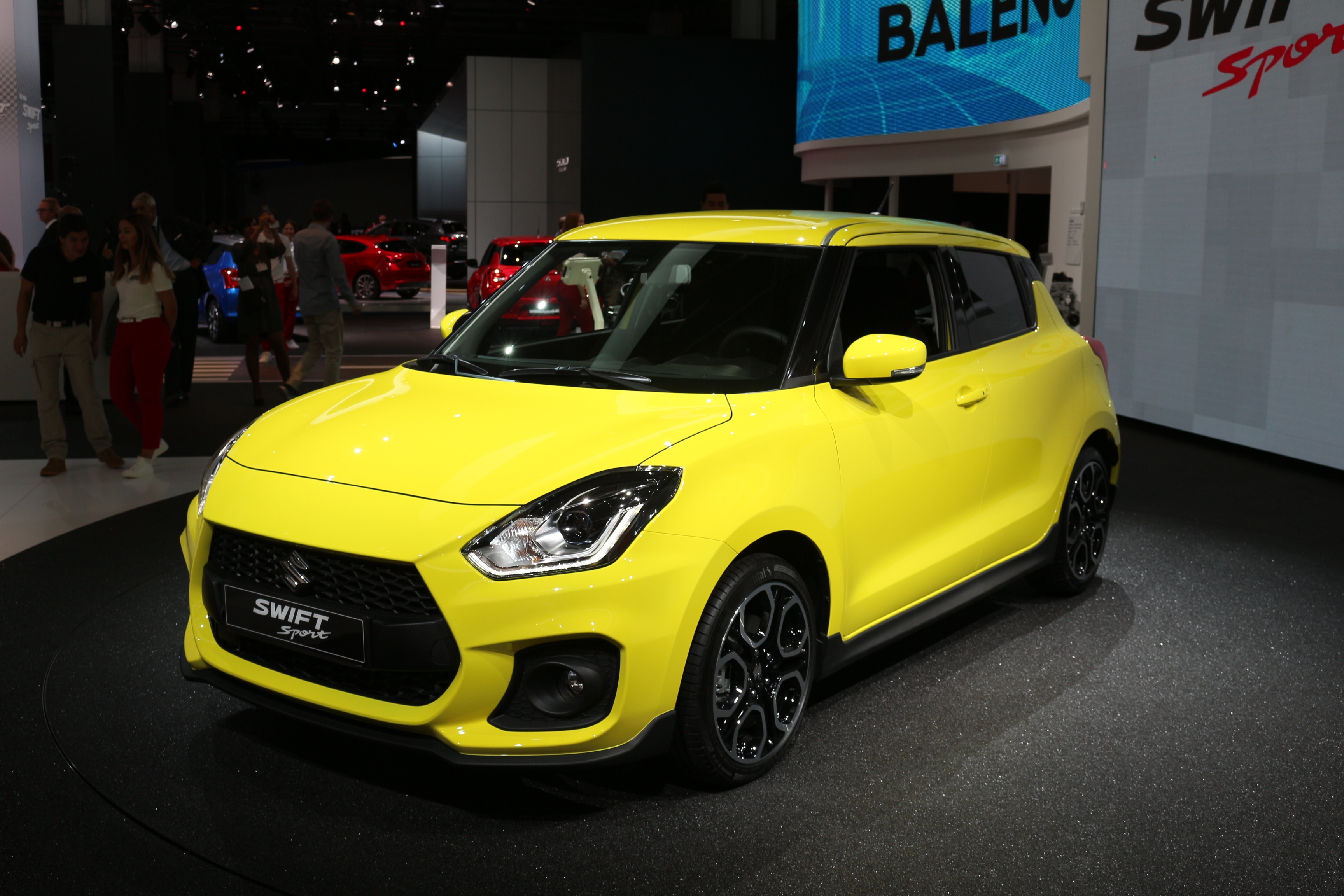 [Image: S0-salon-de-francfort-2017-suzuki-swift-...528809.jpg]