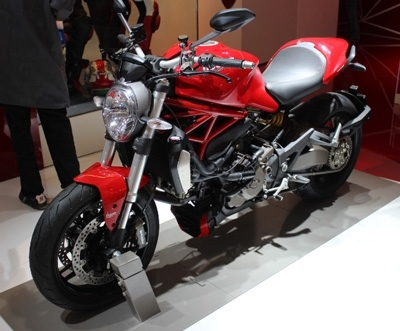Vidéo en direct du salon de la moto :  Ducati Monster 1200 et 1200 S