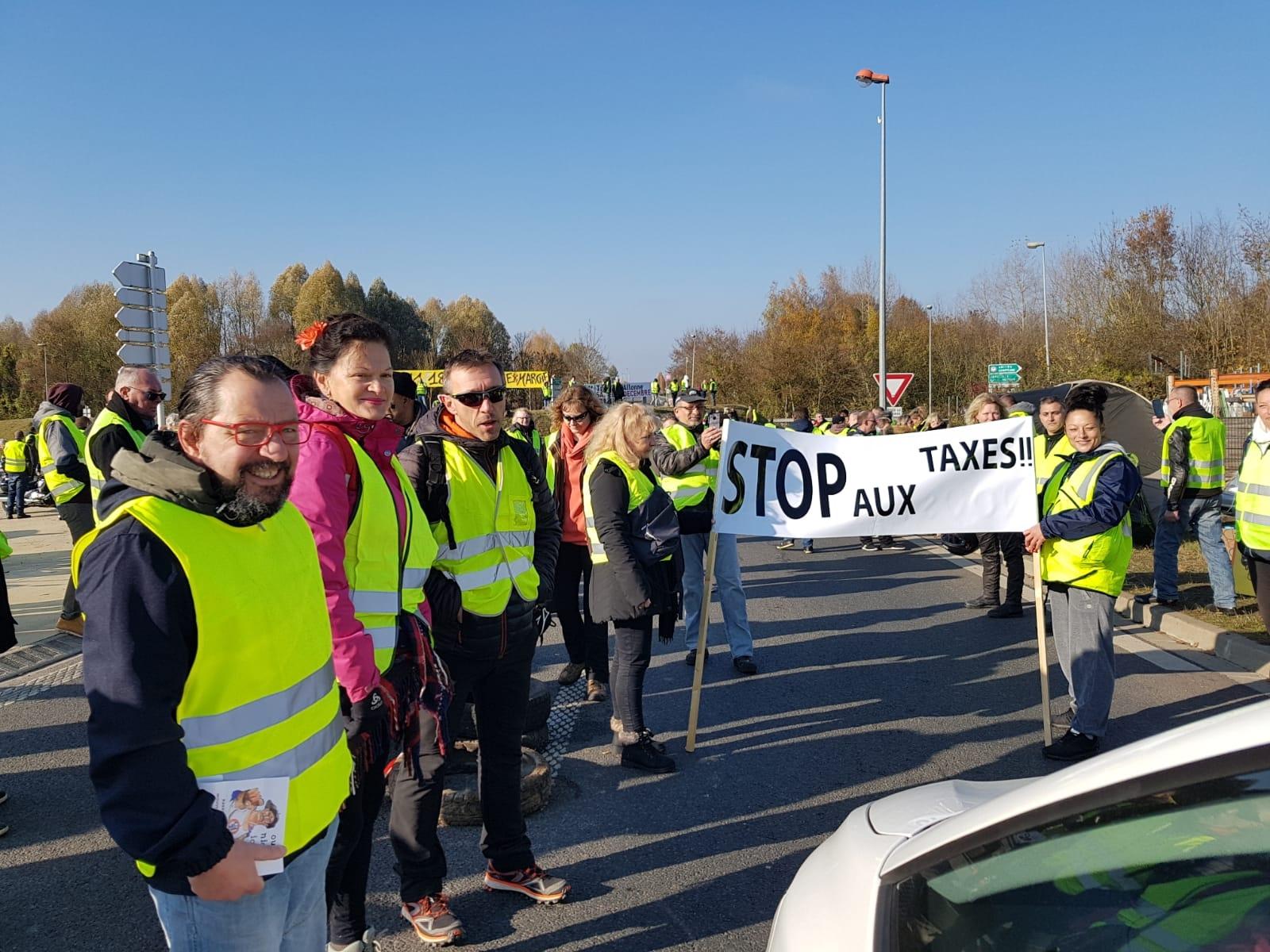 Gilets Jaunes Nos Vidéos Et Infos Sur Les Manifestations