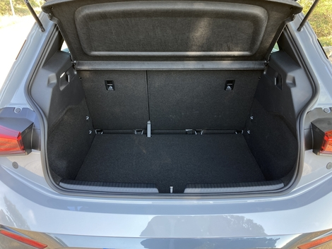 ... while the trunk offers an interesting capacity.