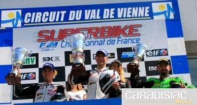 Championnat de France Superbike au Vigeant (86): le point après une matinée de course.