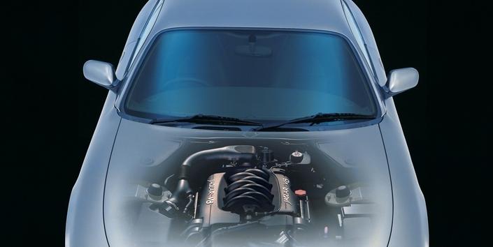 Fondamentalement robuste, le V8 AJ-V8 de la Jaguar XK8 a connu des soucis de tendeurs de chaîne de distribution.