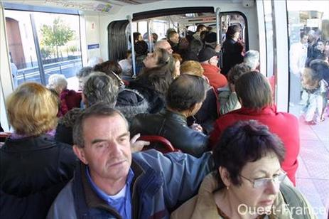 Le Mans : sa première ligne de tramway a été inaugurée
