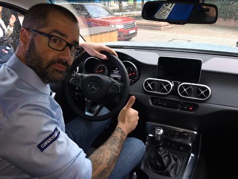 Un intérieur spécifique à Mercedes contrairement à celui de l'Alaskan
