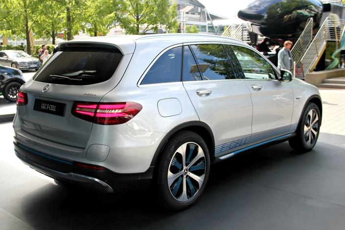 Mercedes GLC Fuel Cell : le concept car discret - en direct du Salon de Francfort 2017