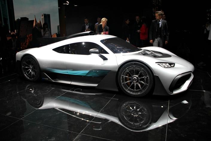 Mercedes AMG Project One : une F1 pour la route - Vidéo en direct du Salon de Francfort 2017