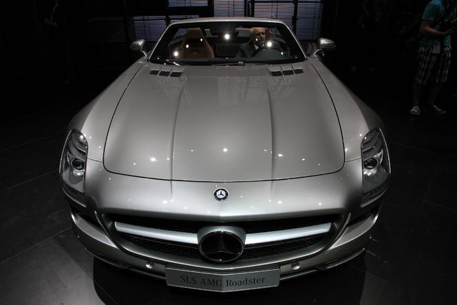En direct du salon de Francfort 2011 - Vidéo - Mercedes SLS AMG Roadster, le papillon s'est envolé