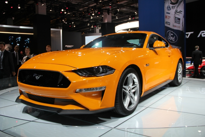 Ford Mustang restylée : plus agressive et plus puissante - vidéo en direct du Salon de Francfort 2017