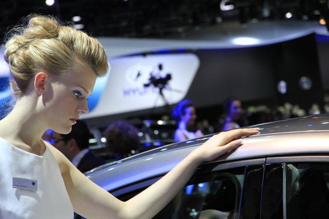Live Francfort 2011 - Lancia Ypsilon Diamond, un show-car très réaliste