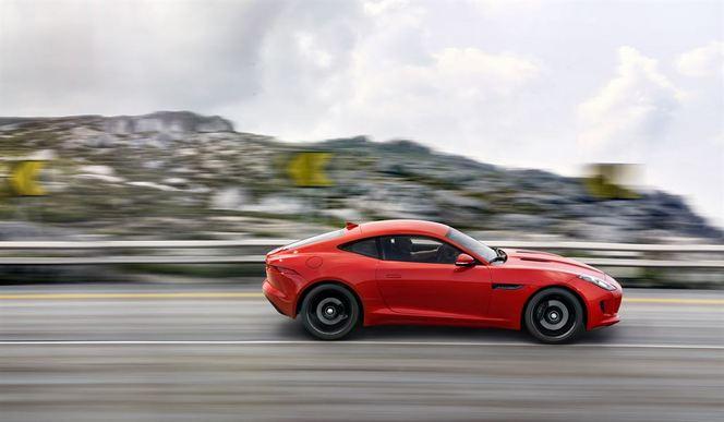 Toutes les nouveautés du salon de Genève 2014 – Jaguar F-Type Coupé: plus affûté