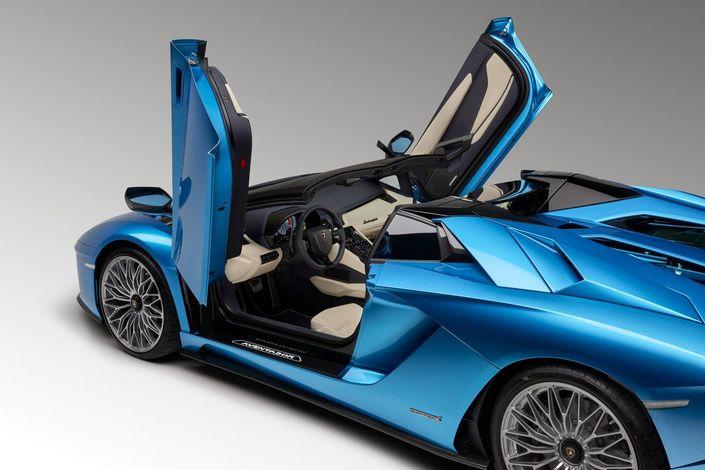 Salon de Francfort 2017 - Lamborghini Aventador S Roadster :anti-brushing