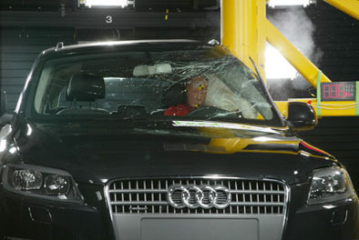Audi Q7: les 4 étoiles qui font rire