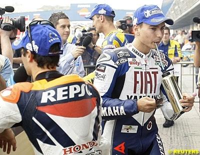 Moto GP - Espagne D.3: Lorenzo chauffe le public
