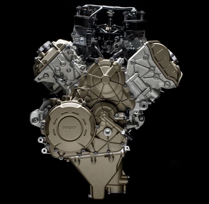 Nouveauté - Ducati: le V4 de la Desmosedici Stradale annonce 210 ch